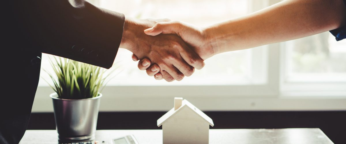 When Neighborly Disputes Arise: Directors and Officers Insurance for HOAs